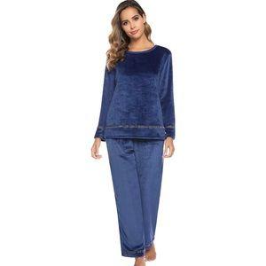 Warm comfy pajamas pants set